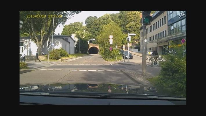 Bild 1 Unfall Gaisbergstraße/Adenauerplatz