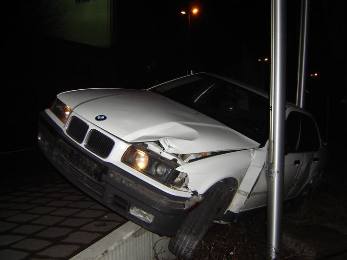 POL-HI: Verkehrsunfall mit zwei verletzten Personen