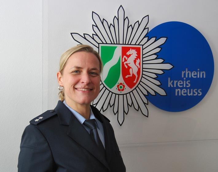 POL-NE: Einstellungsberaterin informiert zum Polizeiberuf – Tägliche Herausforderung!…