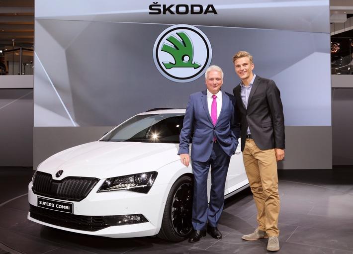 Raumriese trifft Radsportstar: Messepremiere des neuen SKODA Superb Combi auf der IAA mit Marcel Kittel