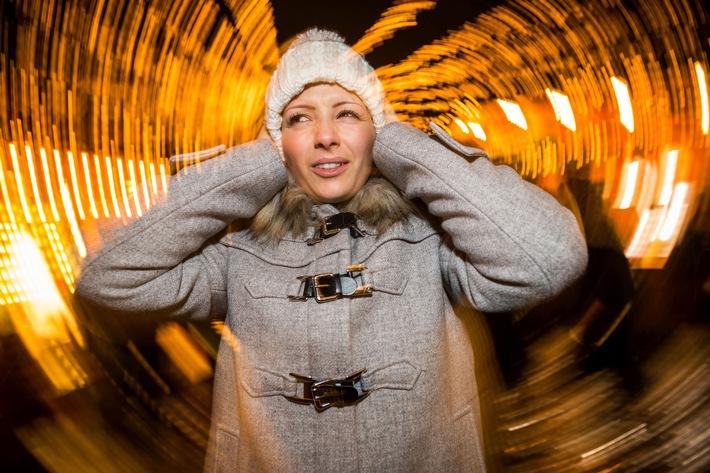 Ohren schützen zu Silvester / Jetzt knallt's: Silvesterfeuerwerk ohne Folgen für die Ohren (FOTO)