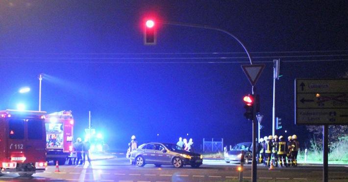 POL-VIE: Nettetal-Hinsbeck: Verkehrsunfall fordert zwei Verletzte