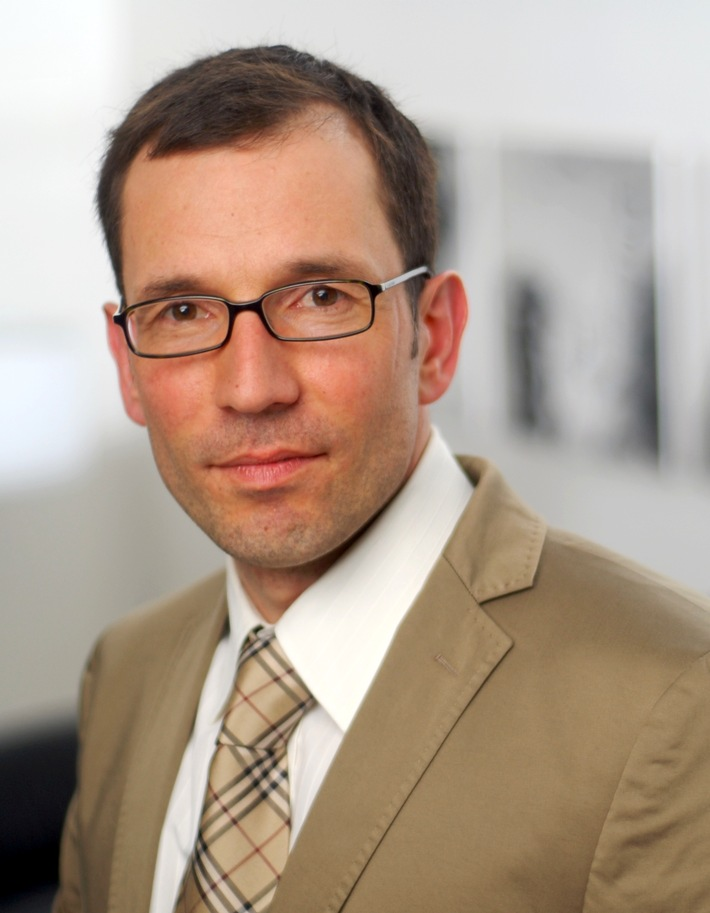 Wechsel an der Spitze der AKG-Schiedsstelle: Professor Hendrik Schneider folgt auf Dr. jur. h.c. Matthias von Wulffen