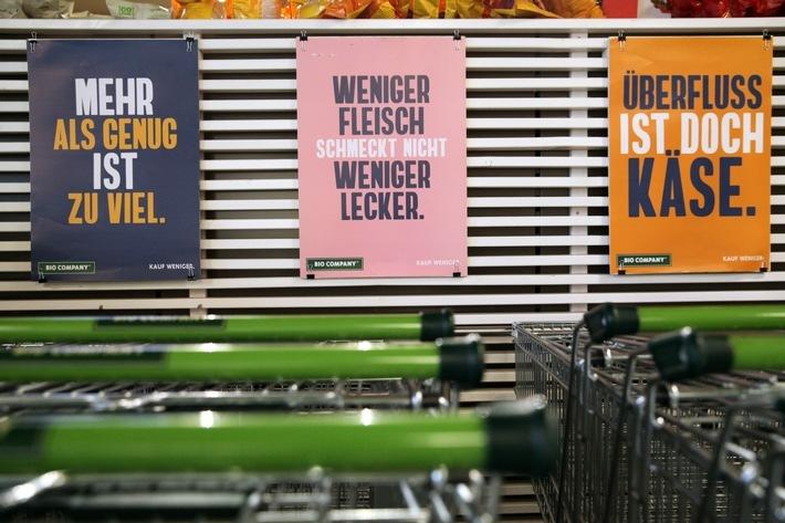 """BIO COMPANY fordert zu weniger Konsum auf und lässt die Kunden am 24. September den Preis ihres Einkaufs selbst entscheiden. Weiterer Text über ots und www.presseportal.de/nr/136512 / Die Verwendung dieses Bildes ist für redaktionelle Zwecke honorarfrei. Veröffentlichung bitte unter Quellenangabe: """"obs/Dorothea Tuch für BIO COMPANY"""""""