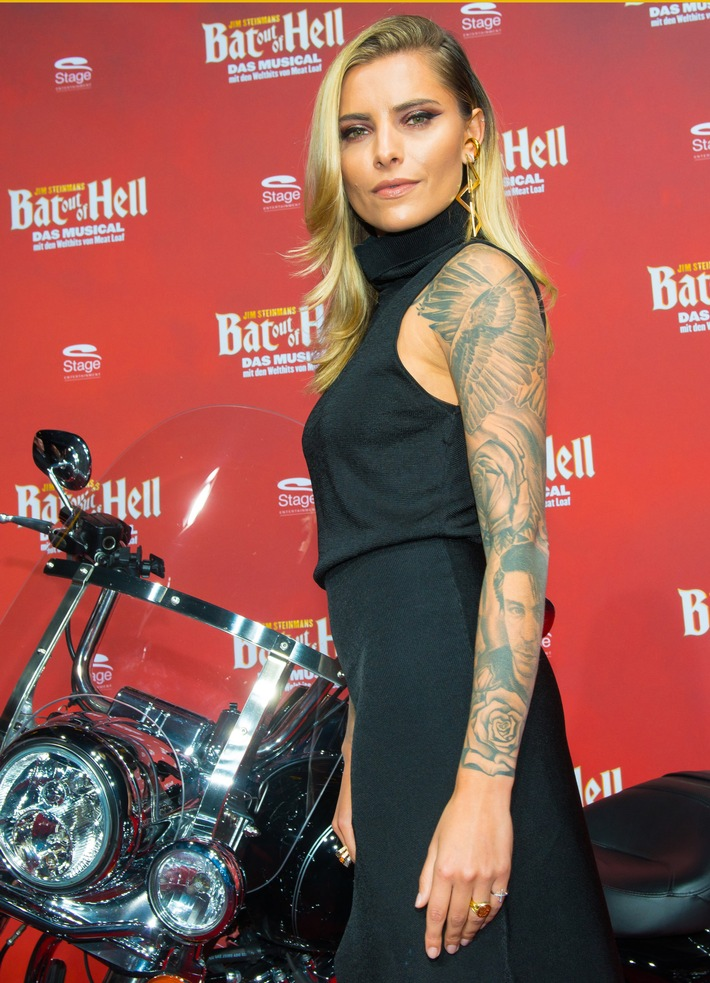 "Donnernder Applaus bei der Deutschlandpremiere von  Jim Steinmans ""Bat out of Hell - Das Musical"" (FOTO)"