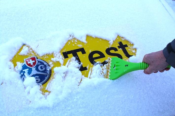 Der grosse Eiskratzertest: TCS verschafft den Durchblick