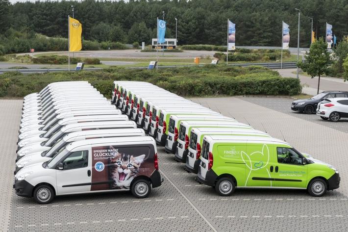Flotte der Tierhilfewagen (c) Deutscher Tierschutzbund e.V.