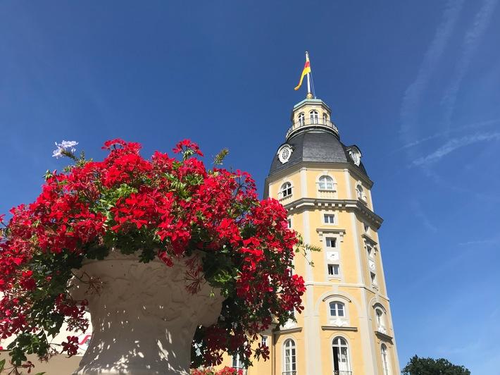 """Schloss Karlsruhe mit dem Badischen Landesmuseum ist nur eines der zahlreichen Beispiele für die Kultur- und Kreativstadt Karlsruhe. Weiterer Text über ots und www.presseportal.de/nr/114686 / Die Verwendung dieses Bildes ist für redaktionelle Zwecke honorarfrei. Veröffentlichung bitte unter Quellenangabe: """"obs/KTG Karlsruhe Tourismus GmbH"""""""