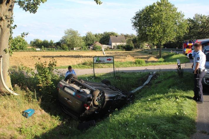 POL-AC: Fahrer verliert die Kontrolle und landet auf dem Dach