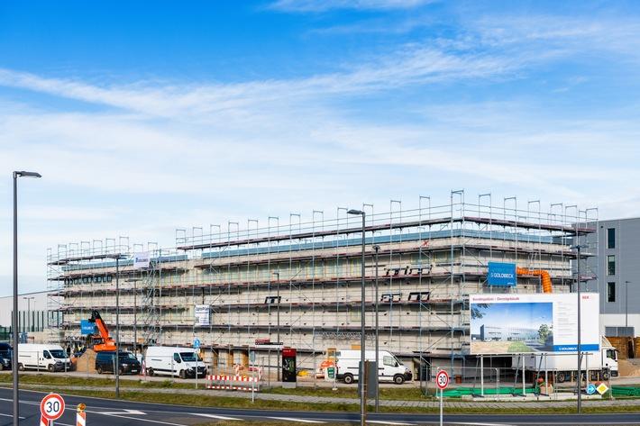 Der Rohbau des Dienstgebäudes der Bundespolizei am BER. Quelle: Günter Wicker / Flughafen Berlin Brandenburg GmbH