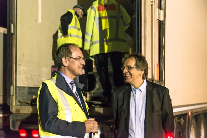 Regierungspräsident Ullrich und Polizeivizepräsident Kreuter an der Kontrollstelle