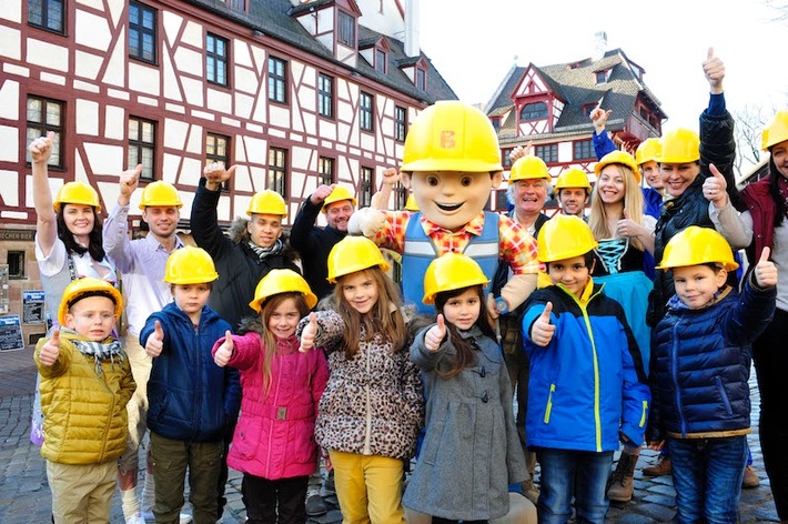 Erfolgsserie Bob der Baumeister wird fortgesetzt / Bob der Baumeister geht mit weiteren Bauprojekten an den Start und begeistert Fans ab September mit neuen Folgen auf Super RTL