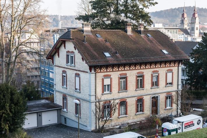 Feuchteschäden können Immobilienwerte mindern / Weiterer Text über ots und www.presseportal.de/nr/54519 / Die Verwendung dieses Bildes ist für redaktionelle Zwecke unter Beachtung ggf. genannter Nutzungsbedingungen honorarfrei. Veröffentlichung bitte mit Bildrechte-Hinweis.