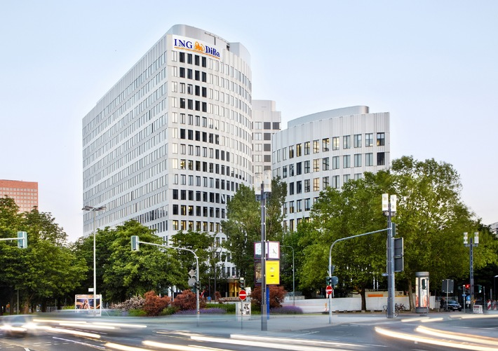 """Der neue Hauptsitz der ING-DiBa: Das """"LEO"""" in Frankfurt am Main im Juni 2013 Die Verwendung dieses Bildes ist für redaktionelle Zwecke honorarfrei. Veröffentlichung bitte unter Quellenangabe: """"obs/ING-DiBa AG"""""""