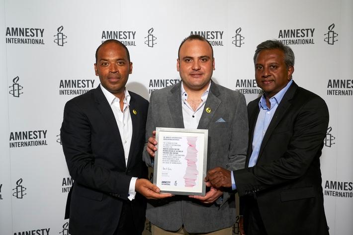 Einsatz gegen Folter: Amnesty International verleiht Menschenrechtspreis 2018 an Nadeem-Zentrum aus Ägypten / Festakt in der Volksbühne Berlin am Montagabend (FOTO)