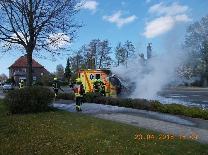 Ein Rettungswagen brannte in Esens.