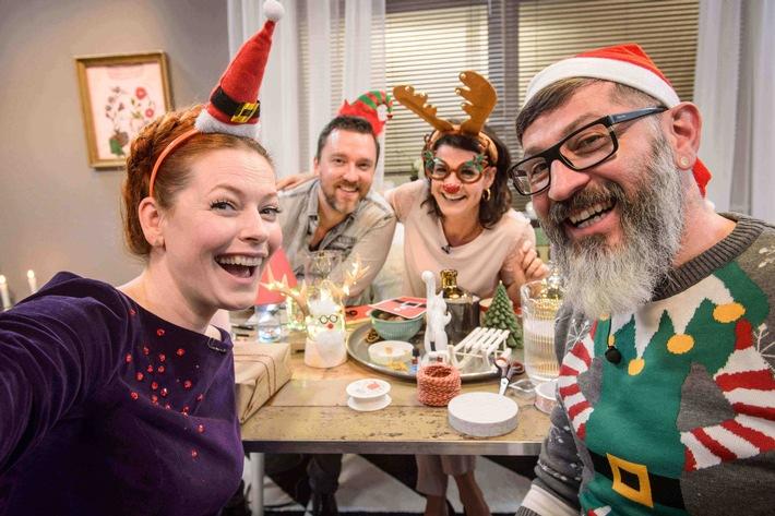 """Enie & Jamie im Vorweihnachtsfieber: Zwei """"Sweet & Easy Christmas""""-Specials sowie """"Jamie's Cracking Christmas"""" in der Prime-Time auf sixx"""