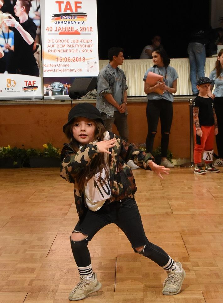 Schon die Kids haben Spaß an Tanz-Action. (Foto: Wiemers/ADTV)