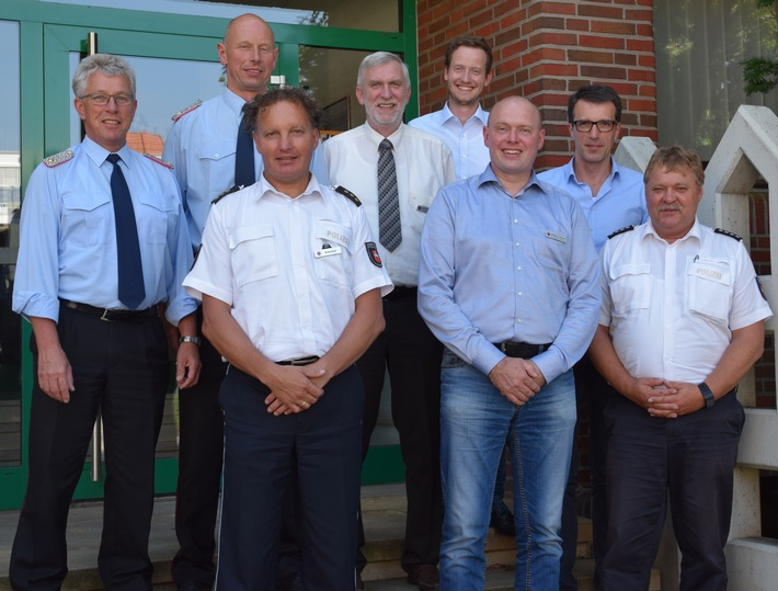 Teilnehmer der gemeinsamen Arbeitstagung zwischen Feuerwehr, Rettungsdienst und Polizei (Quelle: Polizei)