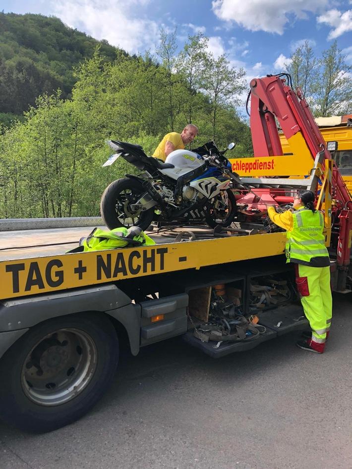 Abgeschlepptes Motorrad
