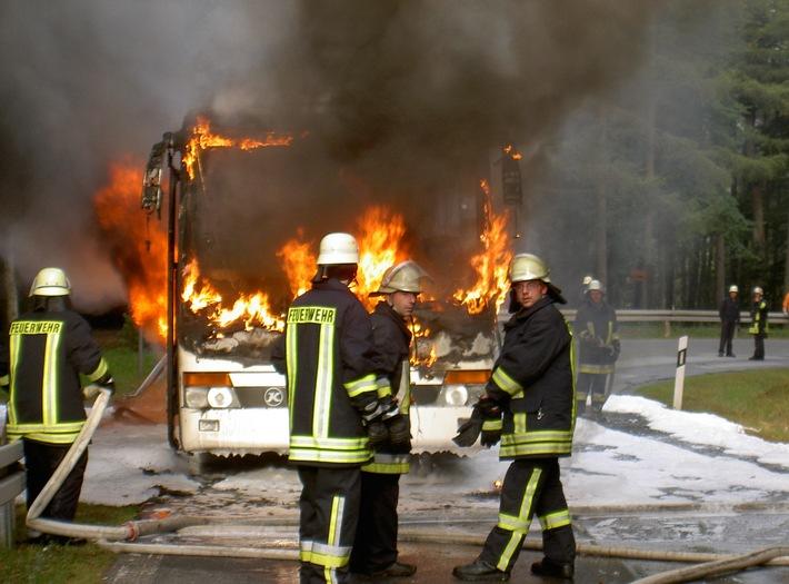 PPSH-ERB: Beerfelden - Schulbus ausgebrannt