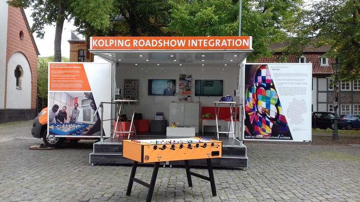 Das Infomobil der Kolping Roadshow für Geflüchtete.