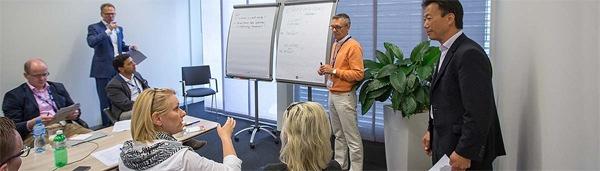 Die St. Galler Business School kooperiert mit der Staufen Akademie