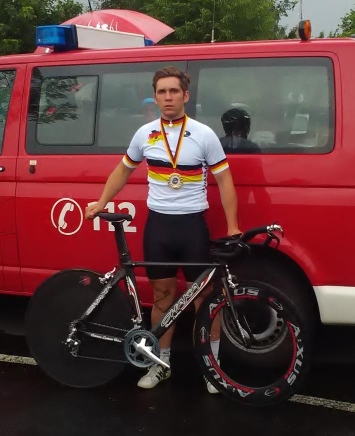FW-Erkrath: Feuerwehrmann aus Erkrath gewinnt Deutsche Feuerwehrmeisterschaft im Zeitfahren