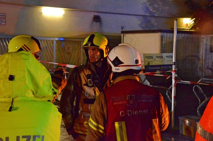 FW Ratingen: Chlorgasalarm im Allwetterbad Lintorf