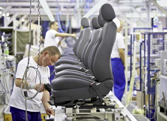 Johnson Controls awarded two J.D. Power 2015 automotive seating overall satisfaction awards / Vehicle owners attest high quality of Johnson Controls car seats