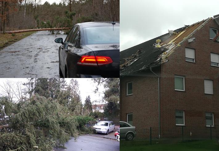 Straßensperrungen und Sachschäden wegen entwurzelter Bäume und Gefahren durch herabfallende Dachziegel