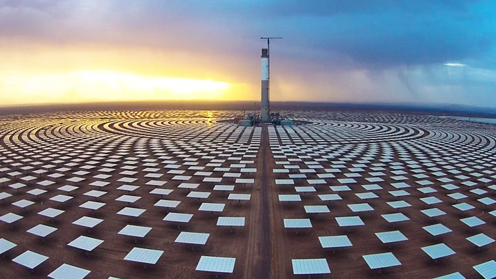 """Solarkraft soll künftig einen großen Teil des Energiebedarfs decken. Weiterer Text über ots und www.presseportal.de/nr/6348 / Die Verwendung dieses Bildes ist für redaktionelle Zwecke honorarfrei. Veröffentlichung bitte unter Quellenangabe: """"obs/3sat/ZDF/SRF/NZZ Format"""""""
