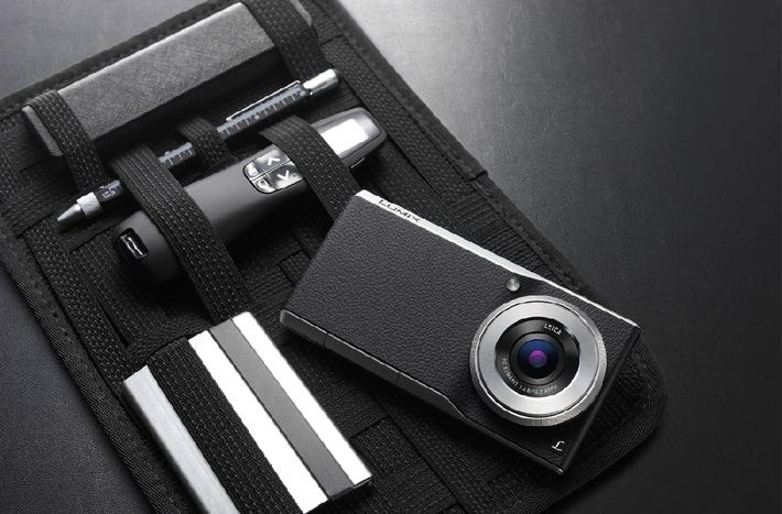 """LUMIX Smart Camera CM1. Weiterer Text über ots und www.presseportal.de/pm/14151 / Die Verwendung dieses Bildes ist für redaktionelle Zwecke honorarfrei. Veröffentlichung bitte unter Quellenangabe: """"obs/Panasonic Deutschland"""""""