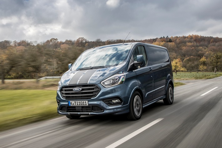 Ford Transit Custom Legt Bei Design Wirtschaftlichkeit Und
