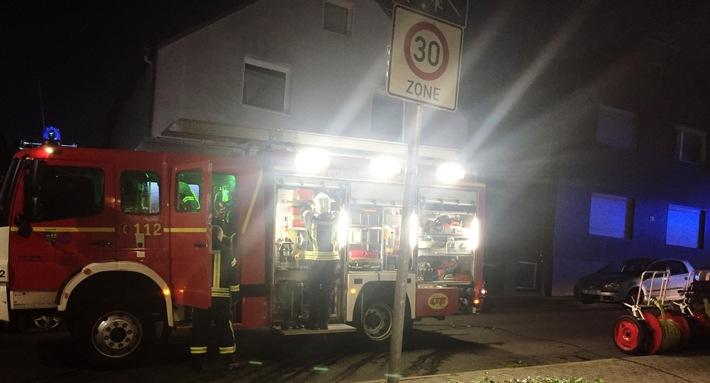 FW-GE: Zwei leicht Verletzte durch Rauch in Kellerwohnung