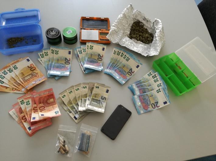 sichergestellte Drogen, mutmaßliches Dealgeld sowie weitere Gegenstände