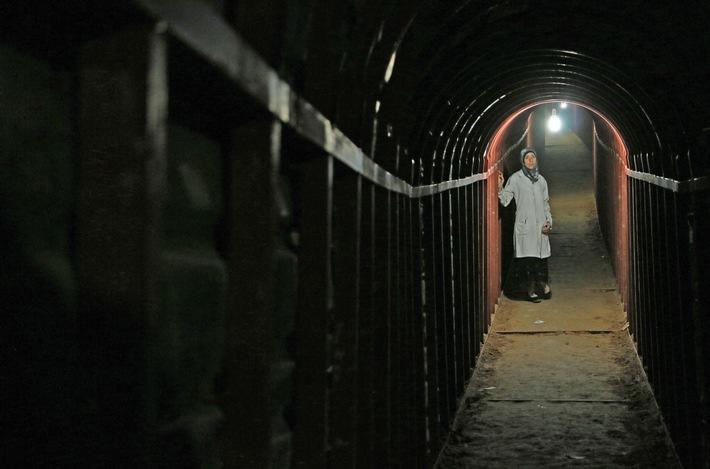 2_Eine_Klinik_im_Untergrund.jpg