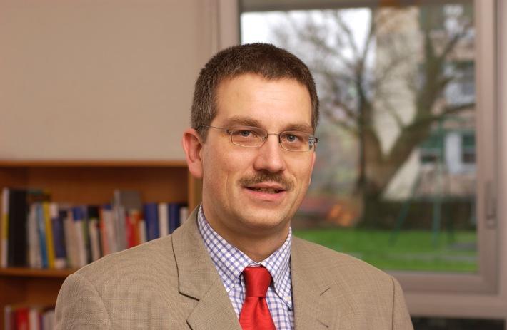 Nomination du Prof. Martial Pasquier comme directeur de l'IDHEAP