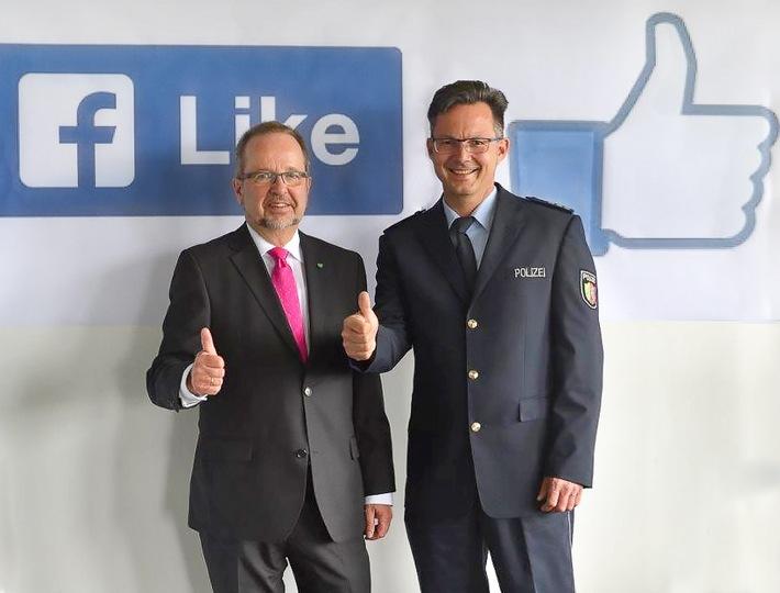 POL-WES: Polizei Wesel ab Montag auf Facebook und Twitter aktiv
