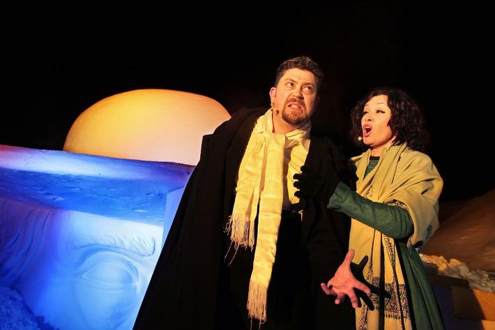 Viva Verdi-Arienzauber in den Alpen - Oper im Schneesturm statt Spiel auf dem See - BILD
