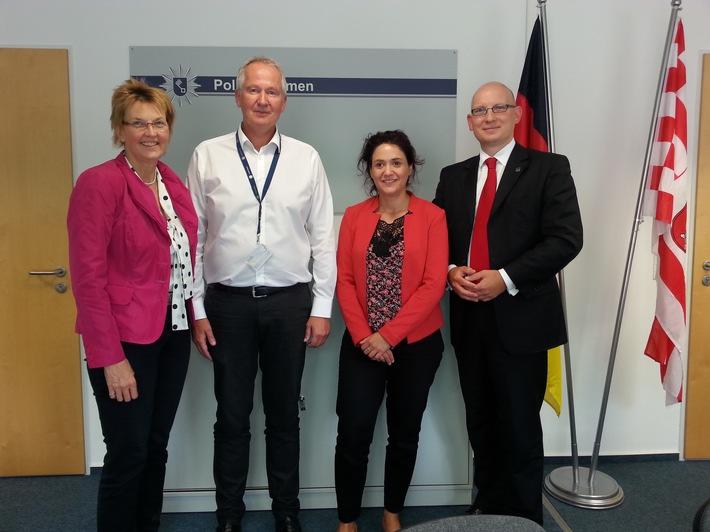 POL-HB: Nr.:0427 --Hoher Besuch aus Berlin -  Bundestagsabgeordnete informieren sich bei der Polizei Bremen--