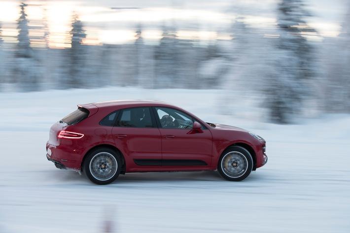 Porsche Schweiz verkauft 3'621 Fahrzeuge im Jahr 2017