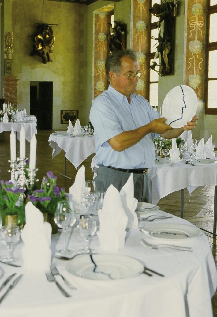 Die Zufallsgesellschaft trifft sich.... im La salle du monde Bern - Das langfristige PublicArt Projekt von Raoul Marek