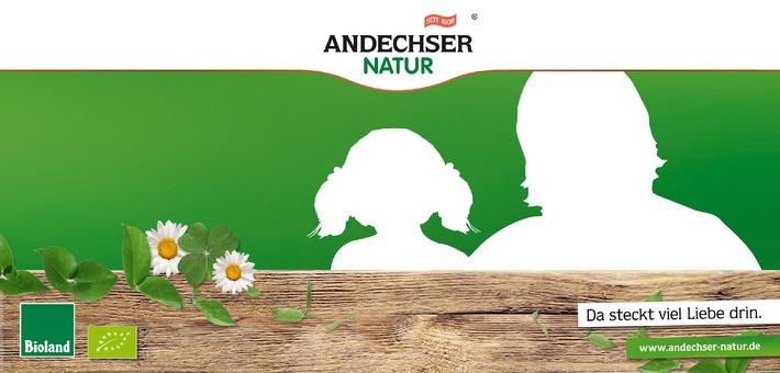 """Die Andechser Molkerei Scheitz sucht für eine Werbekampagne im neuen Jahr das """"ANDECHSER NATUR Gesicht"""" (jeweils Frau, Mann und zwei Kinder). Weiterer Text über OTS und www.presseportal.de/pm/73128 / Die Verwendung dieses Bildes ist für redaktionelle Zwecke honorarfrei. Veröffentlichung bitte unter Quellenangabe: """"obs/Andechser Molkerei Scheitz GmbH"""""""