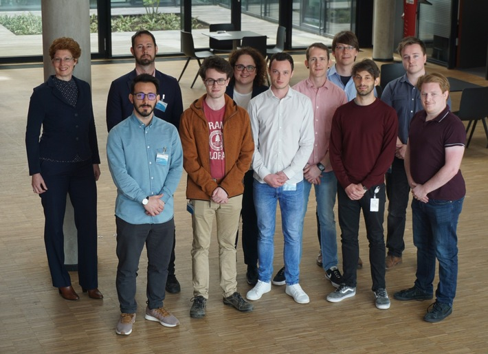 Das ASTRI-Projekt-Team bei der heutigen Auftaktveranstaltung in Oberpfaffenhofen.