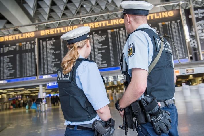 BPOLD FRA: Bundespolizei Flughafen Frankfurt - eine 24-Stunden-Ansicht