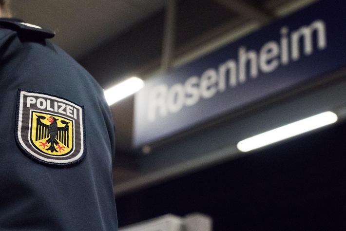 Die Bundespolizei ermittelt gegen einen nigerianischen Staatsangehörigen wegen illegaler Einreise, Hehlerei und Beleidigung.