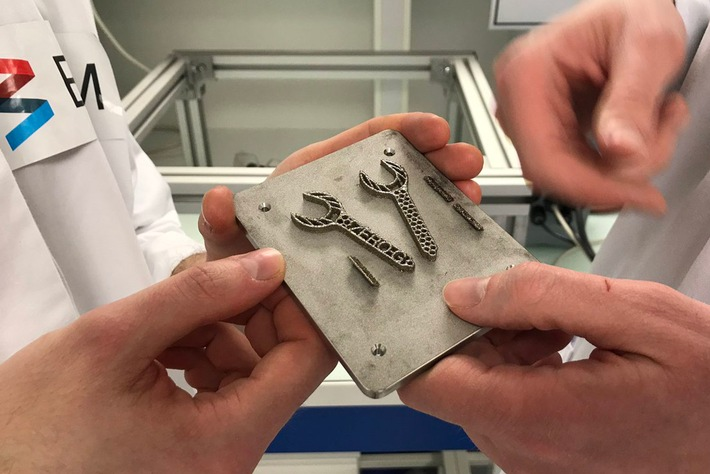 That's how it looks like: The first ever in zeroG printed spanner made of metallic powder  Source: BAM, Section Corporate Communications