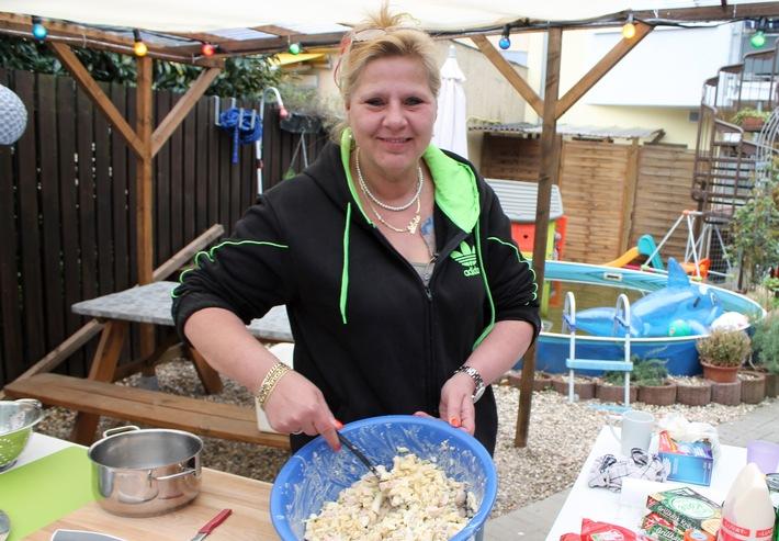"""Kochen kreativ mit Mama Wollny: RTL II zeigt die zweite Staffel von """"Lecker Schmecker Wollny"""""""
