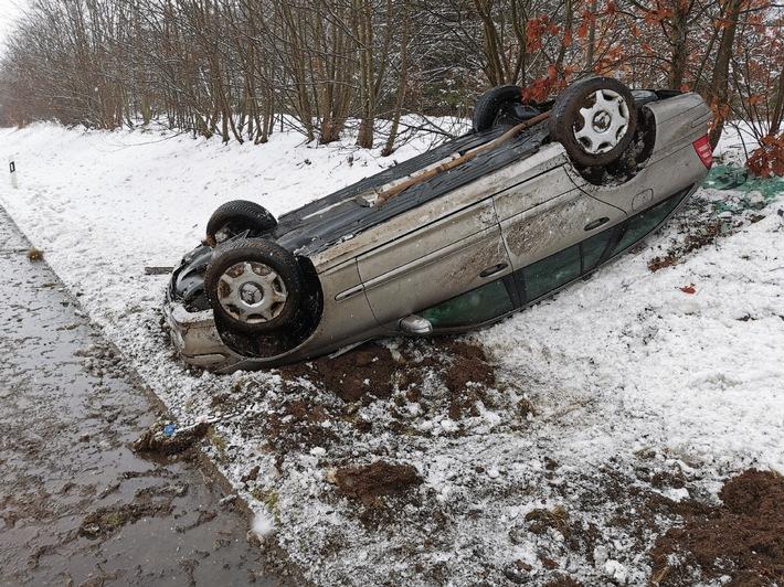 POL-CUX: Winterglätte auf der A27 - Überholvorgang missglückt